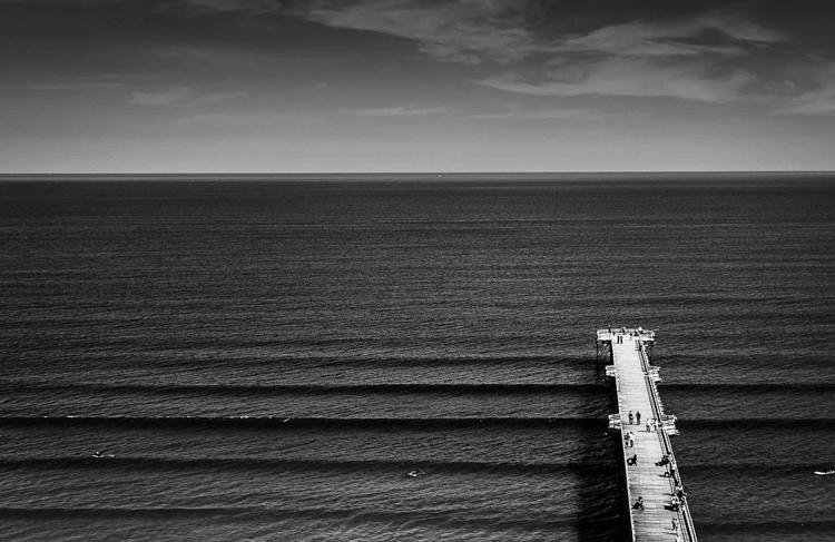 """Exposição """"Ensaio sobre o silêncio"""" de Ale Rodrigues traz um passo além da fotografia na Photoarts Gallery"""