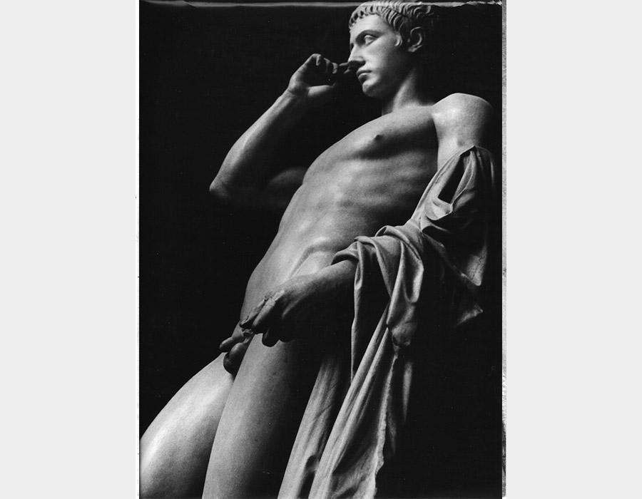 Alair-Gomes_Da-série-Viagens-(Europa,-Arte)_02_1969_fotografia_30-x-24cm