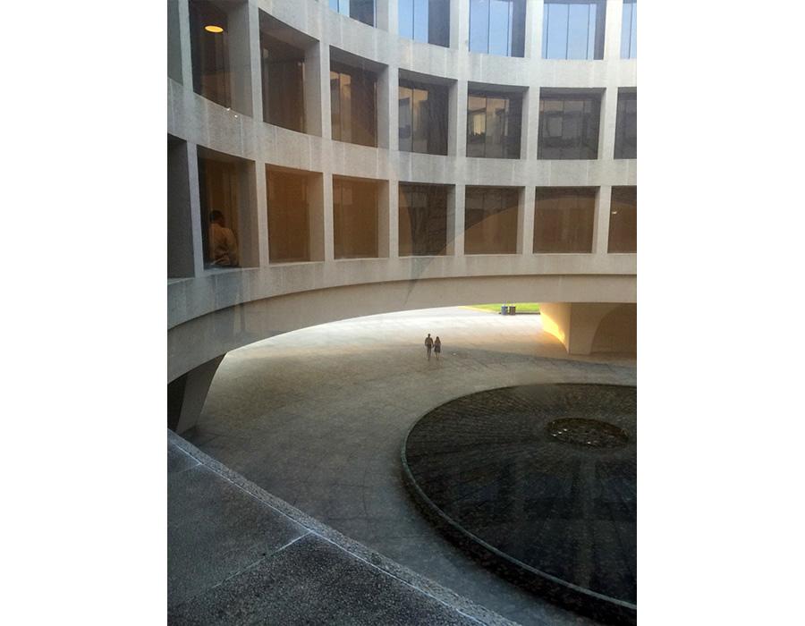 Arquitetura circular do museu