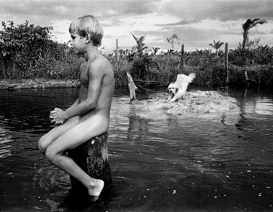 nudist-boys-in-the-lake-dannel-harris-nude