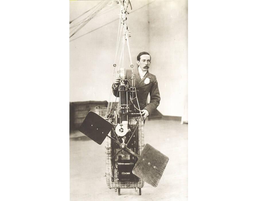 SD simula a partida do motor que serve a seus três primeiros dirigiveis, 1898_creditos divulgacao