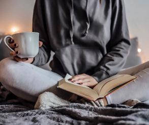 Com o tempo que você gasta na mídia social, daria para ler 200 livros por ano