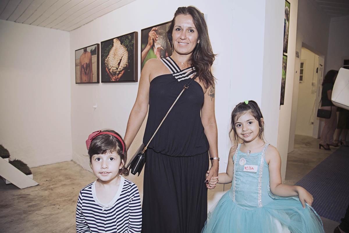 Manu, Cris e Elisa Conde