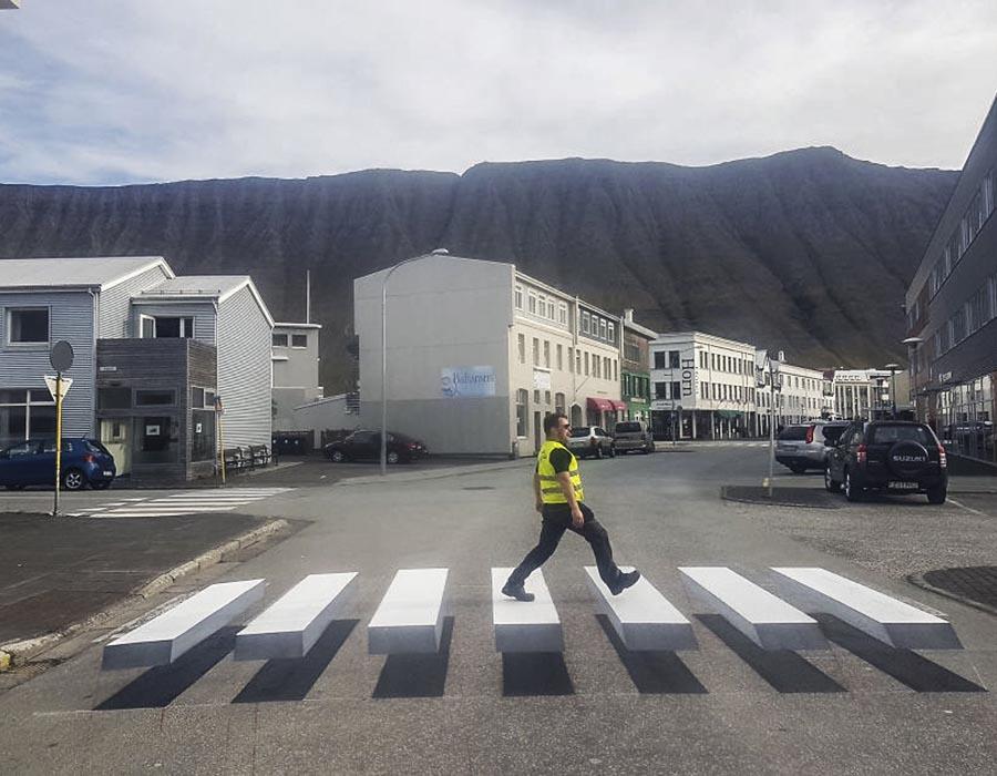 Será que faixas de pedestre 3D diminuem atropelamentos?