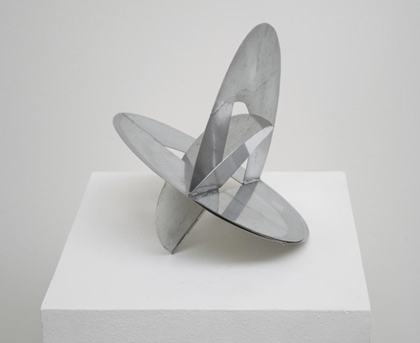 arte abstrata; lygia clark; Bicho de Bolso (1966)