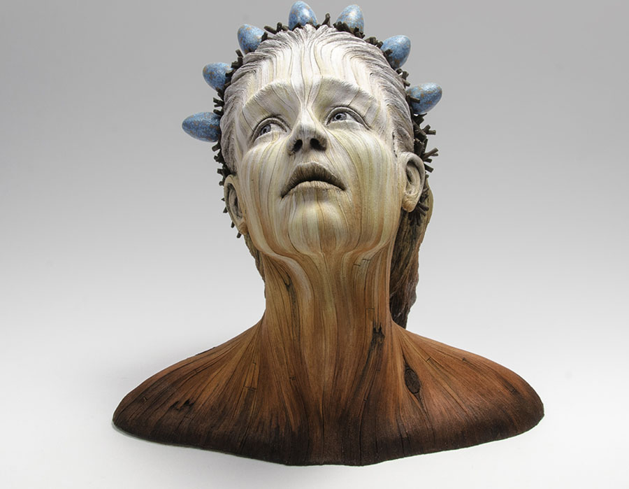 Cerâmica, acrílico | 29,2cm x 22,25cm x 26,6cm