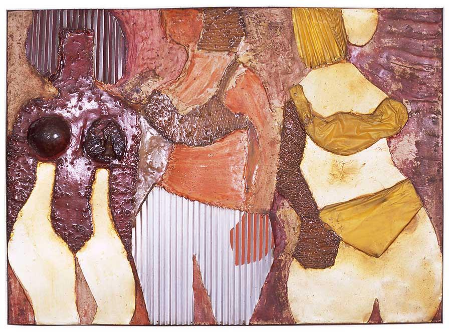S/Título (da série Mulheres), s.d. Chapa de ferro, sisal, resina de poliéster, gesso, plástico, acrílico, pva e tinta sobre compensado, 83 x 111cm.