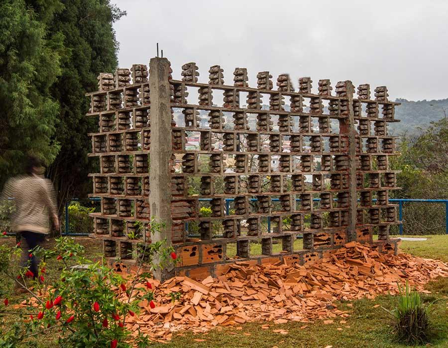 Uma casa popular-Fração nº2_2017_2018_Tijolo baiano, concreto, ferro vergalhão_250x450x200cm