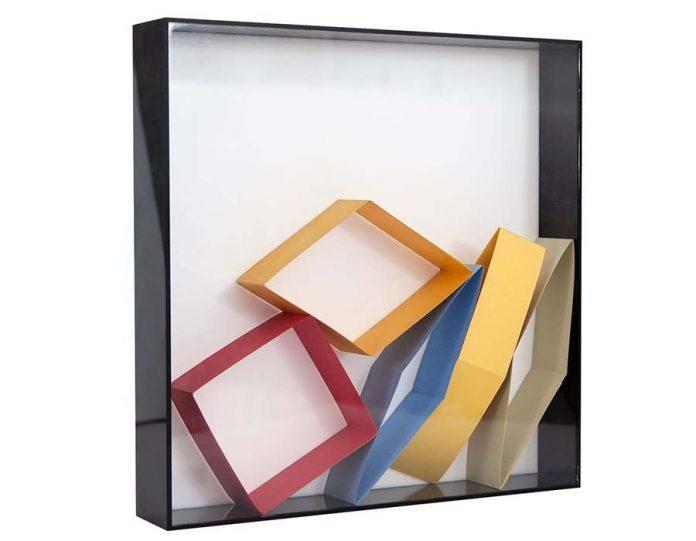paulo-roberto-leal-sem-titulo-papel-dobrado-em-caixa-de-acrilico