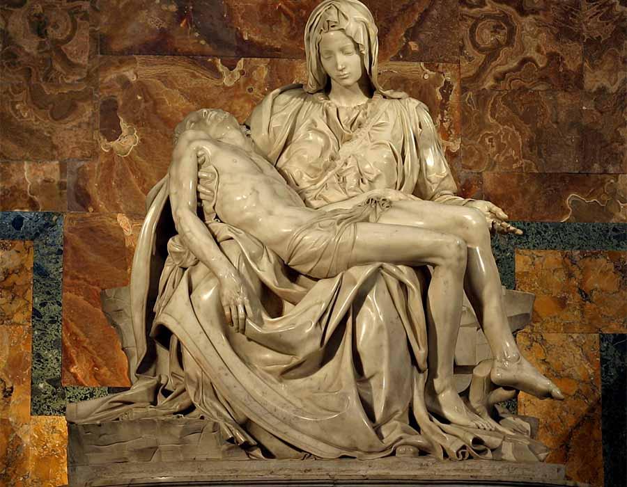 MICHELANGELO (1475-1564) Pietá[1], ca. 1499. Escultura em Mármore, 1,74×1,95 metros. Basilica di San Pietro, Vaticano, Itália.