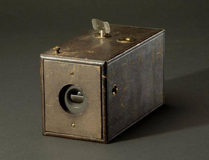 história da fotografia; Primeira Câmera Kodak