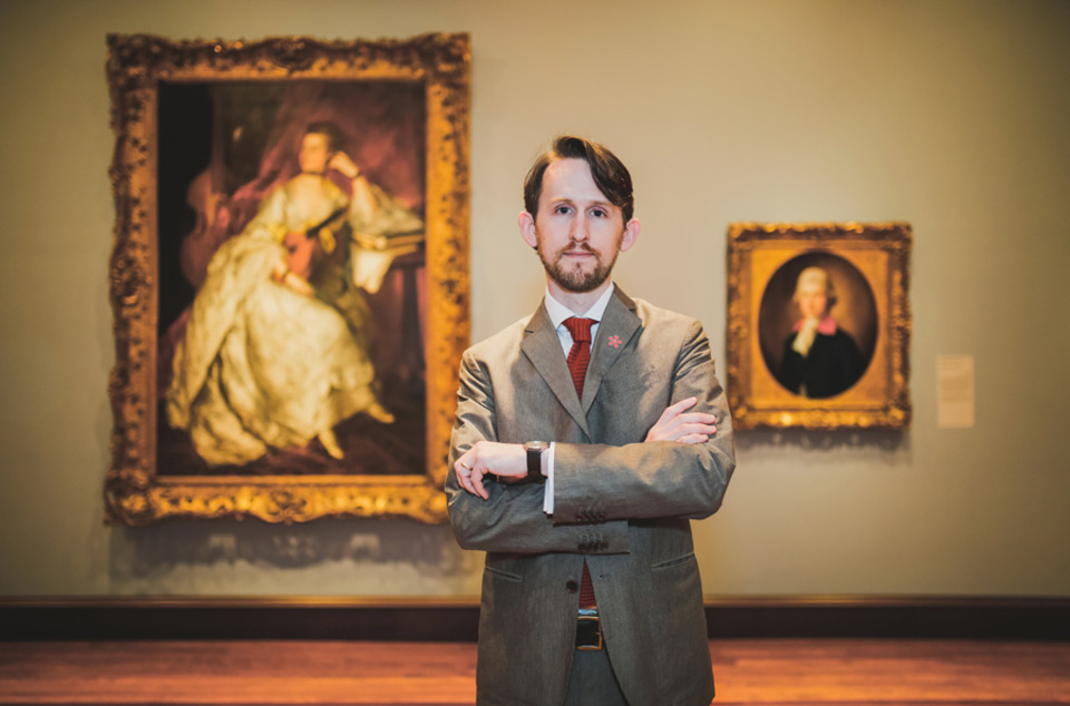 Curadoria de arte; Peter Jonathan Bell. Curador de pinturas, desenhos e esculturas européias | Via CityBeat Créditos: Hailey Bollinger.